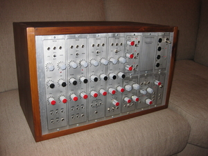 ELECTOR FORMANT MODULARSYSTEM