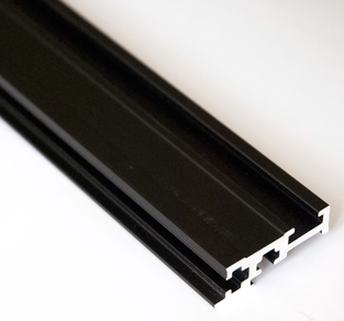 EURORACK FRONT RAIL BLACK 104HP