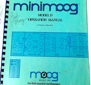 MINIMOOG MODEL D OPERATION MANUAL